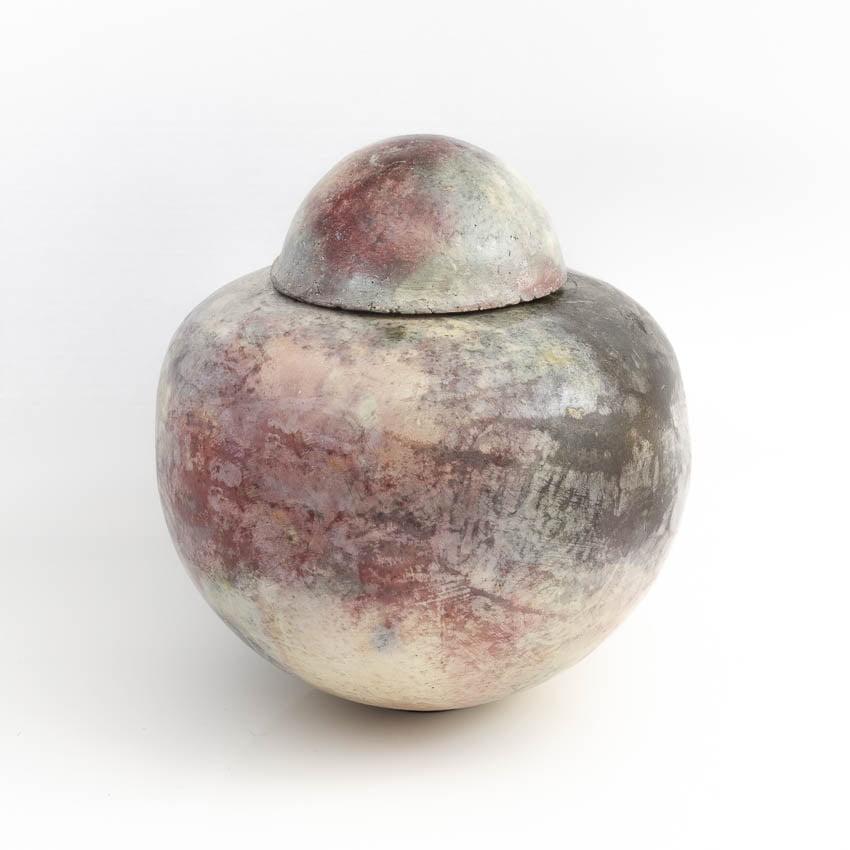 urn_keramiek_keramische_bijzondere_unieke_pitfire_roze_grijs_handwerk_op_maat_atelier