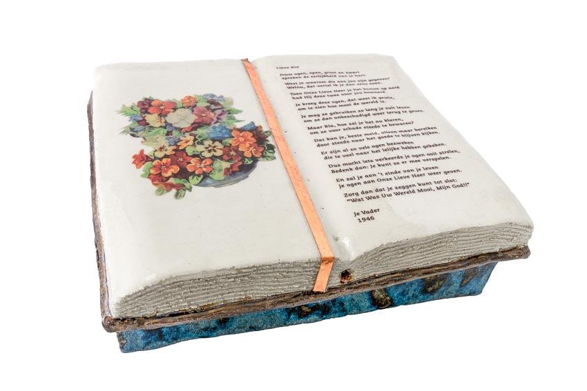 grafornament_keramiek_boek_steengoed_keramisch_transfer_handwerk_op_maat_atelier